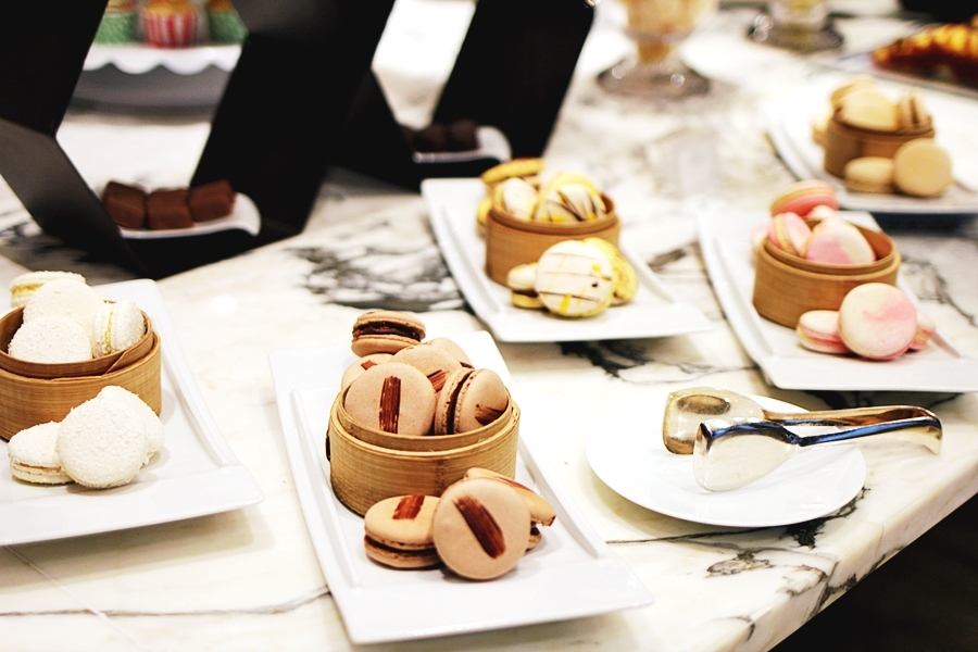 macarons french cuisine