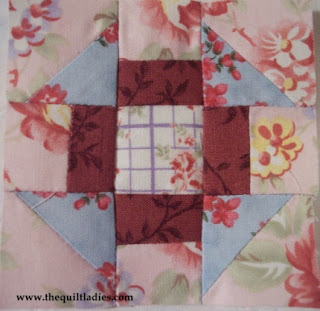 tutorial how to make a quilt block with free pattern