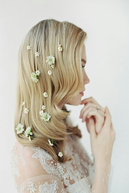 Wedding hairstyle tiny flowers