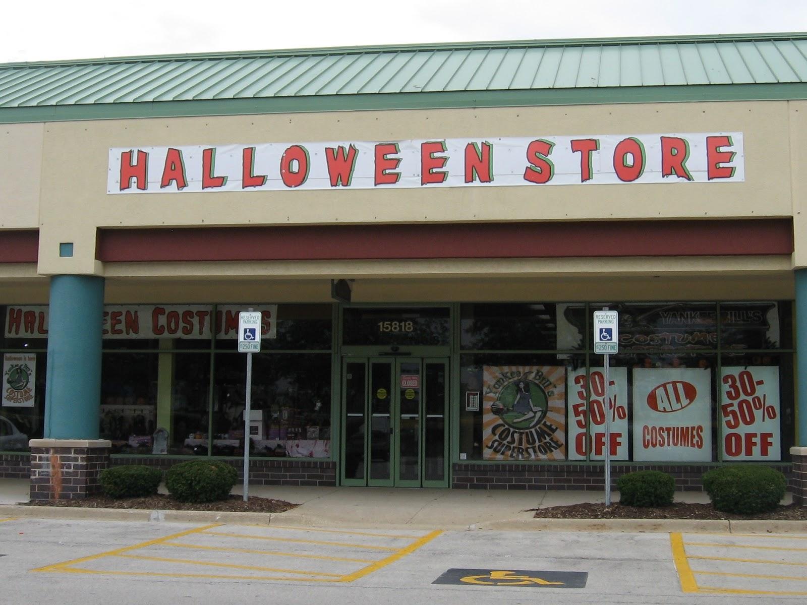 What's trending at the now-open Spirit Halloween store in ...  |Halloween Store