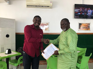 Azumah Nelson Agrees For Chief Moomen To create A Stage Play In His Name