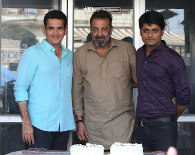 sanjay-dutt-gets-emotional-after-completing-bhoomi
