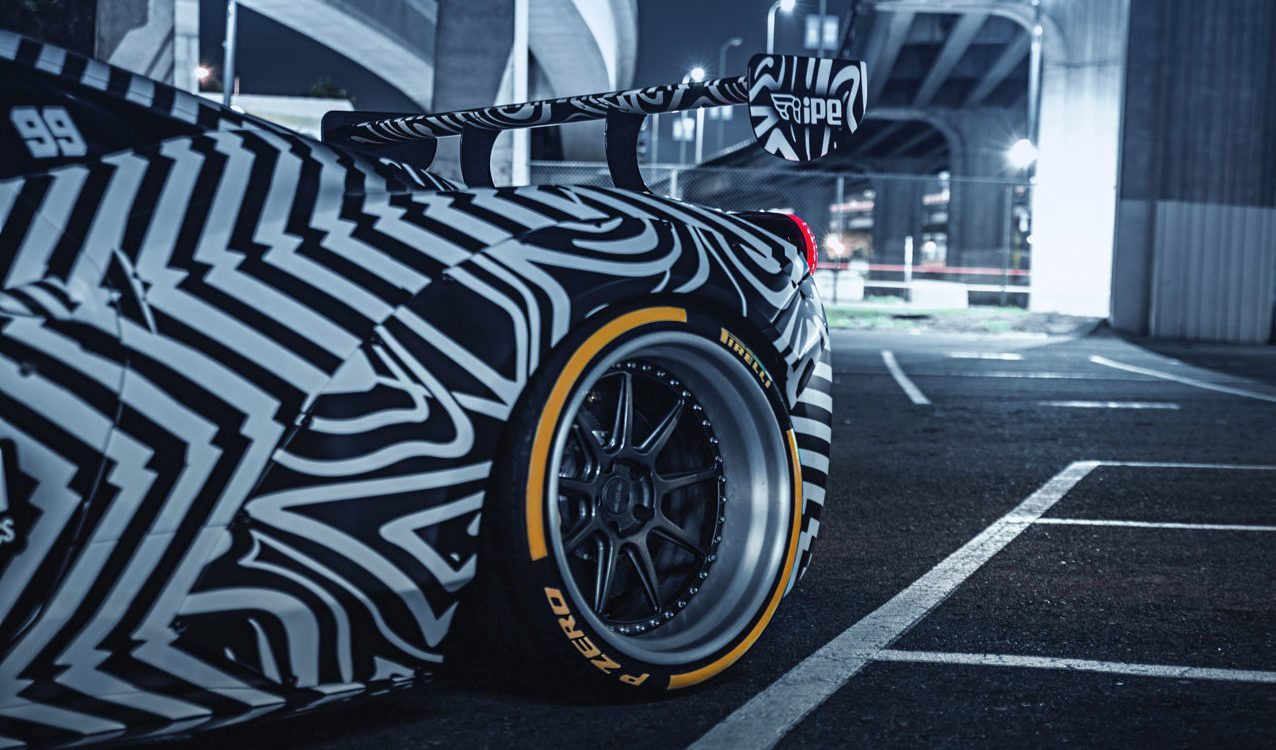 Quay cuồng với Ferrari 458 Italia phiên bản Ngựa vằn
