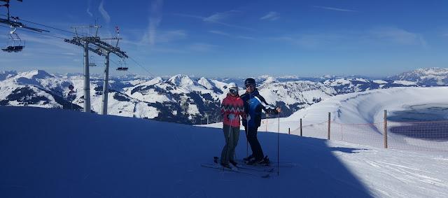 горнолыжный инструктор Китцбюэль Ski Welt Заальбах Хинтехельм