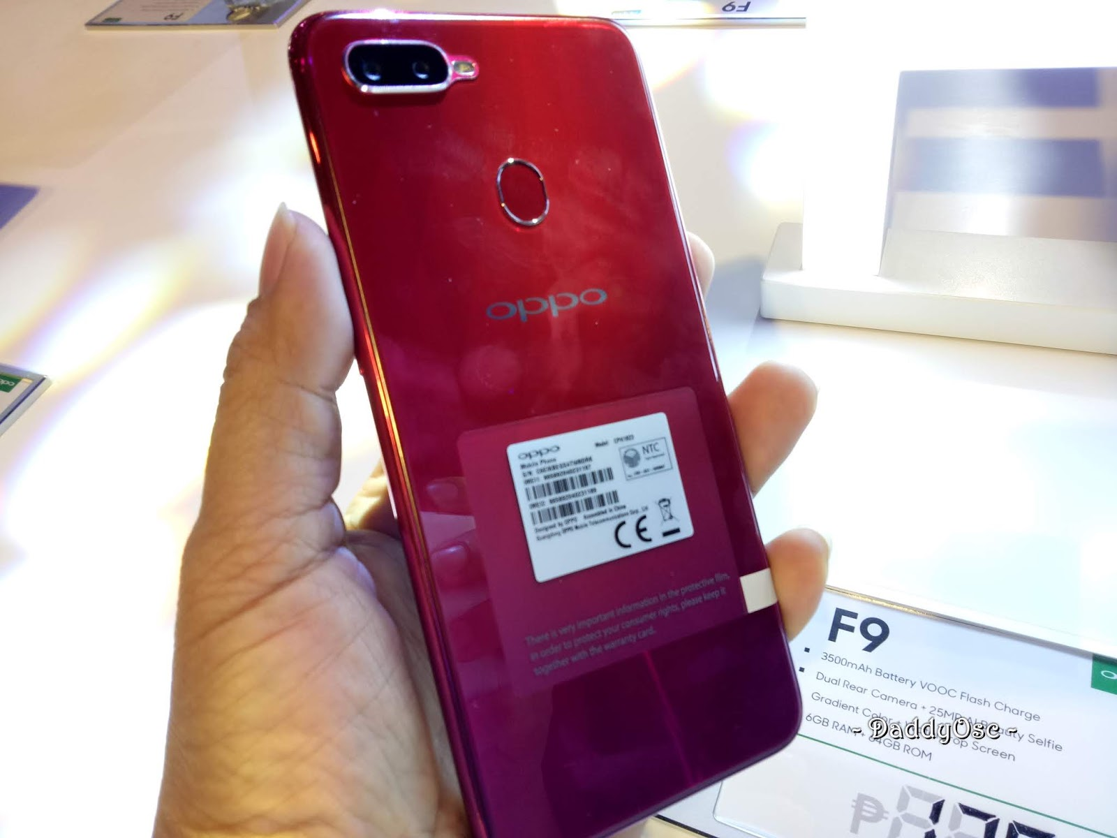 OPPO F9 with VOOC Super Flash Charge and 6GB RAM | Daddy O!