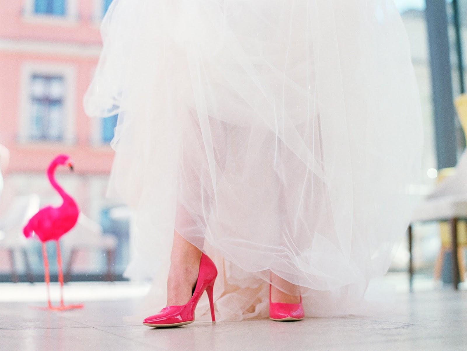 buty ślubne flamingowy róż