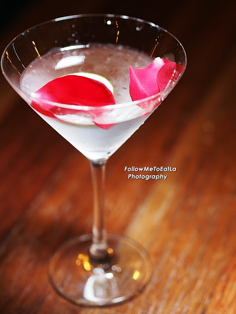 English Rose – Wild, & Impossible To Forget ~ Hendrick's With Rose Petals, Lime Slices & Rosewater Tonic