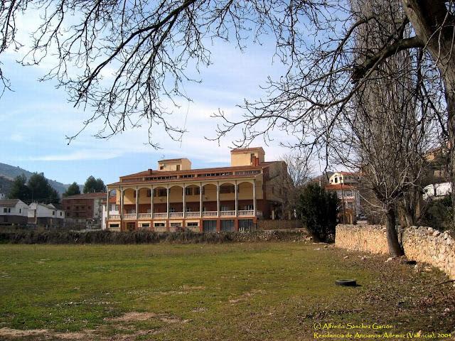 residencia-ademuz-ancianos-valencia