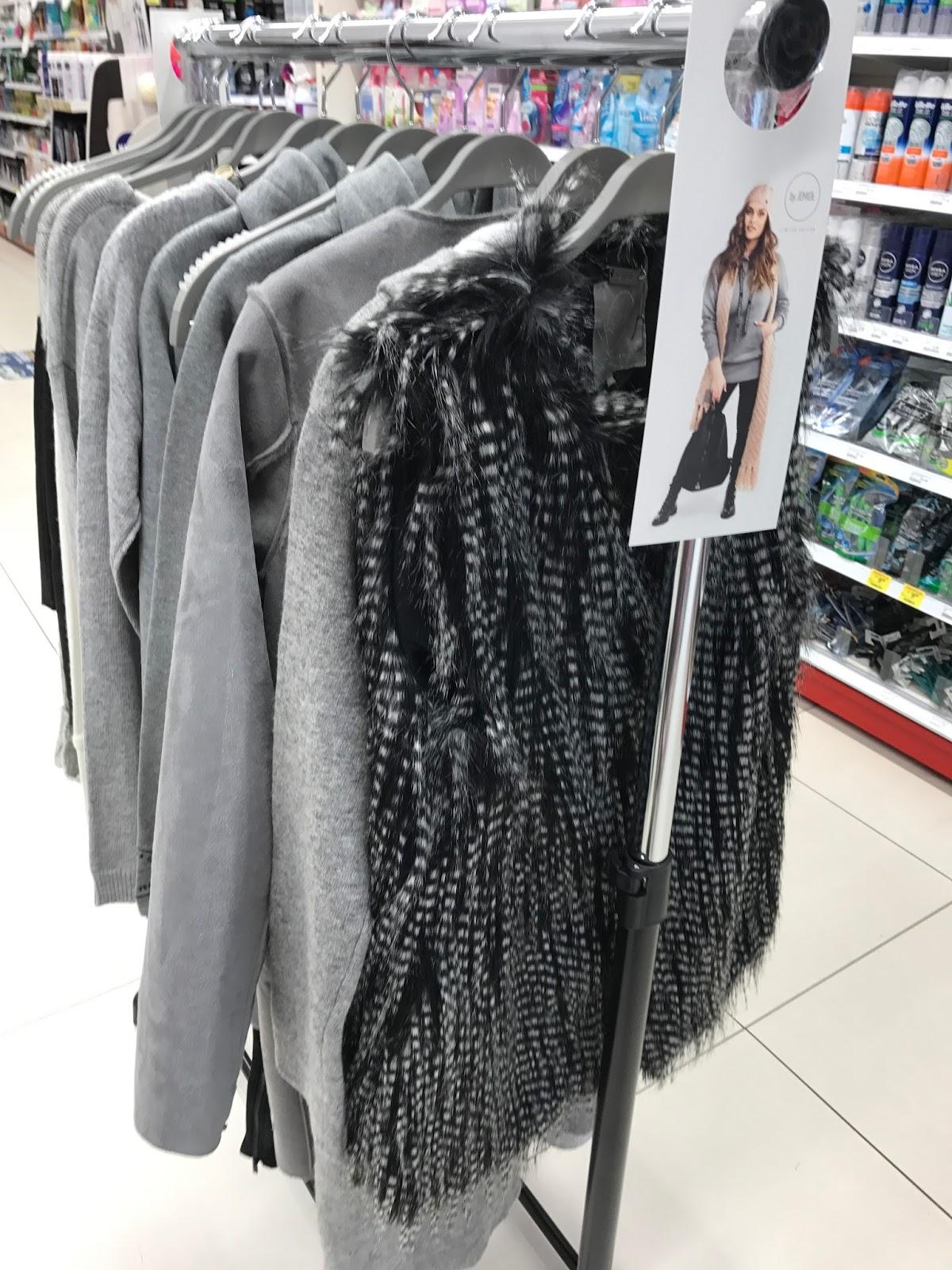 Nonszlancka elegancja, czyli kolekcja by jemioł dla sieci drogerii Rossmann