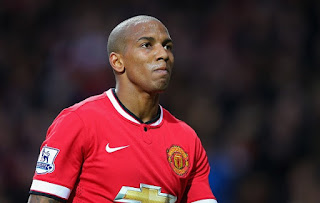 Ashley Young seal new Man Untied deal