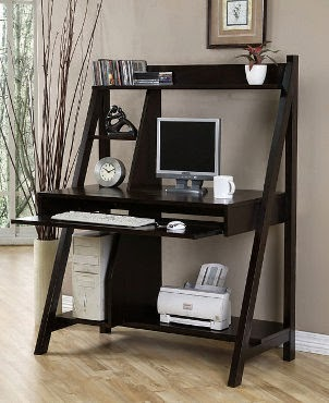 bureaux d 39 ordinateur pour les petits espaces. Black Bedroom Furniture Sets. Home Design Ideas