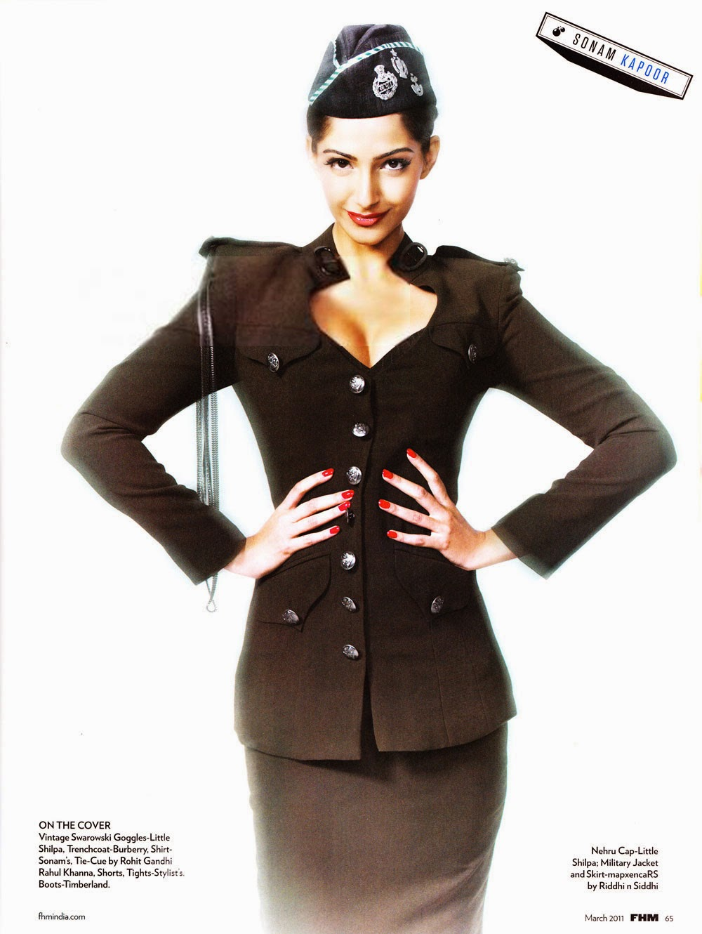 Hot Sonam Kapoor in classy pilot uniform