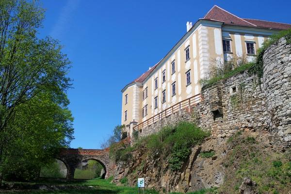 basse autriche waldviertel drosendorf village fortifié promenade été château