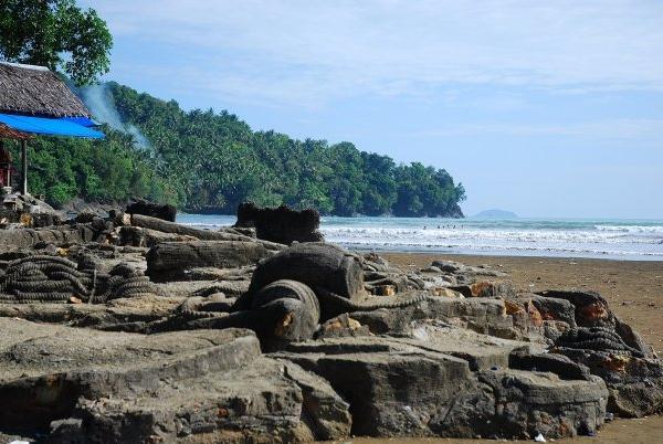 Pulau manis tempat wisata di sumatera barat