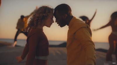 Avicii - Tough Love ft. Agnes, Vargas & Lagola (#Official #Music #Video)