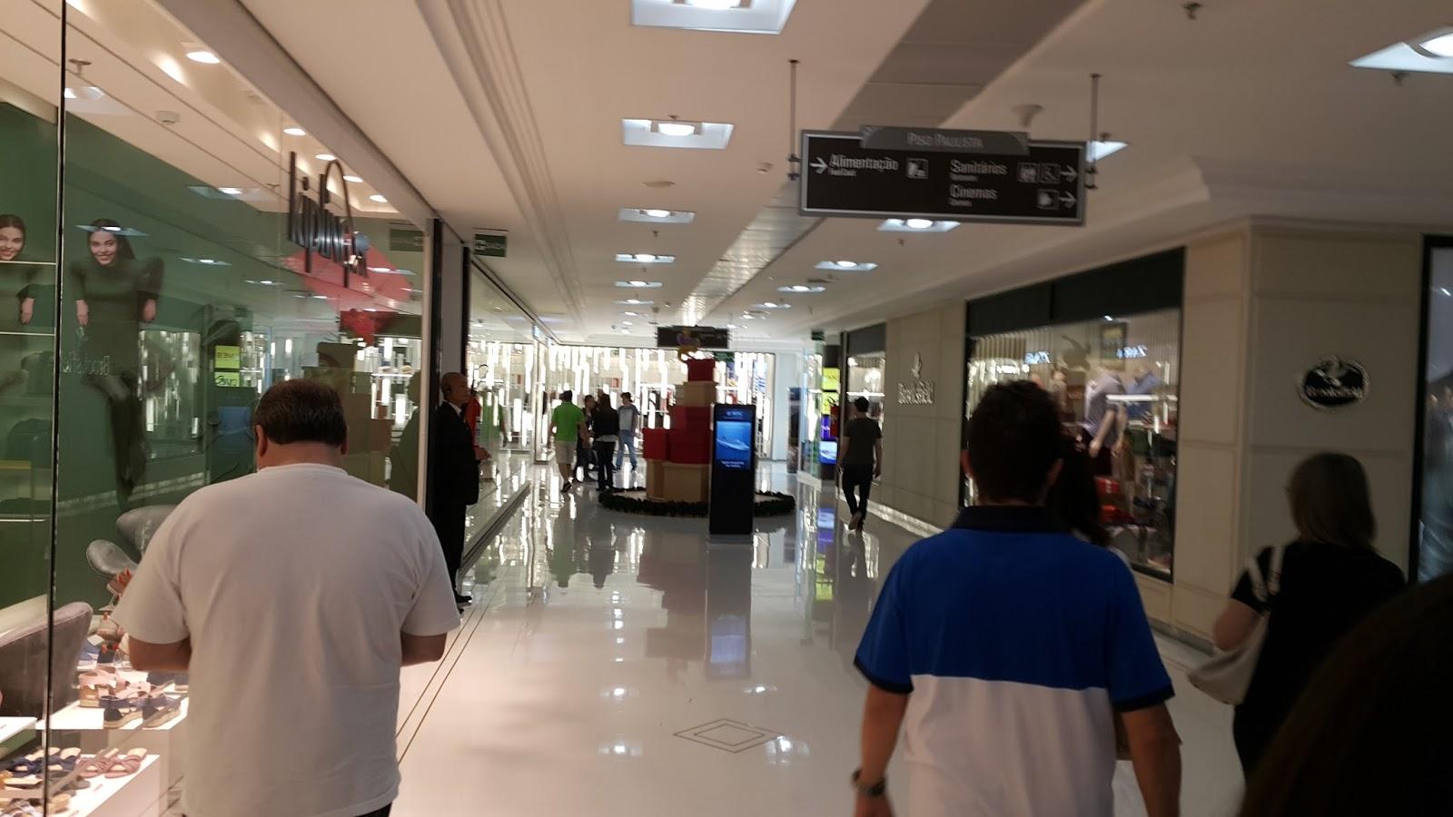 O belo shopping Pátio Paulista atrai milhares de visitantes durante a  semana (FOTO  Eduardo Pires) 77e8e60da5