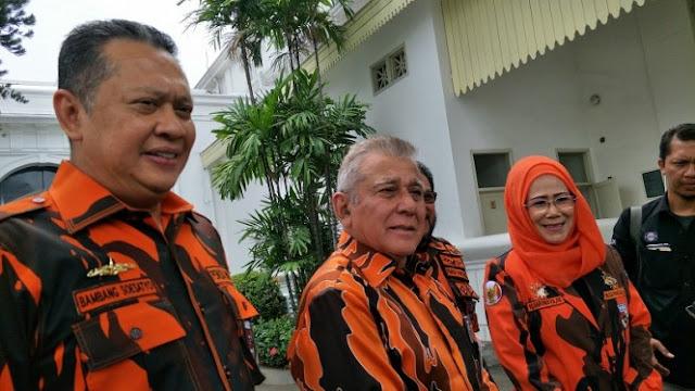 Ketemu Jokowi, Pemuda Pancasila Tegaskan Tak Dukung Kedua Capres