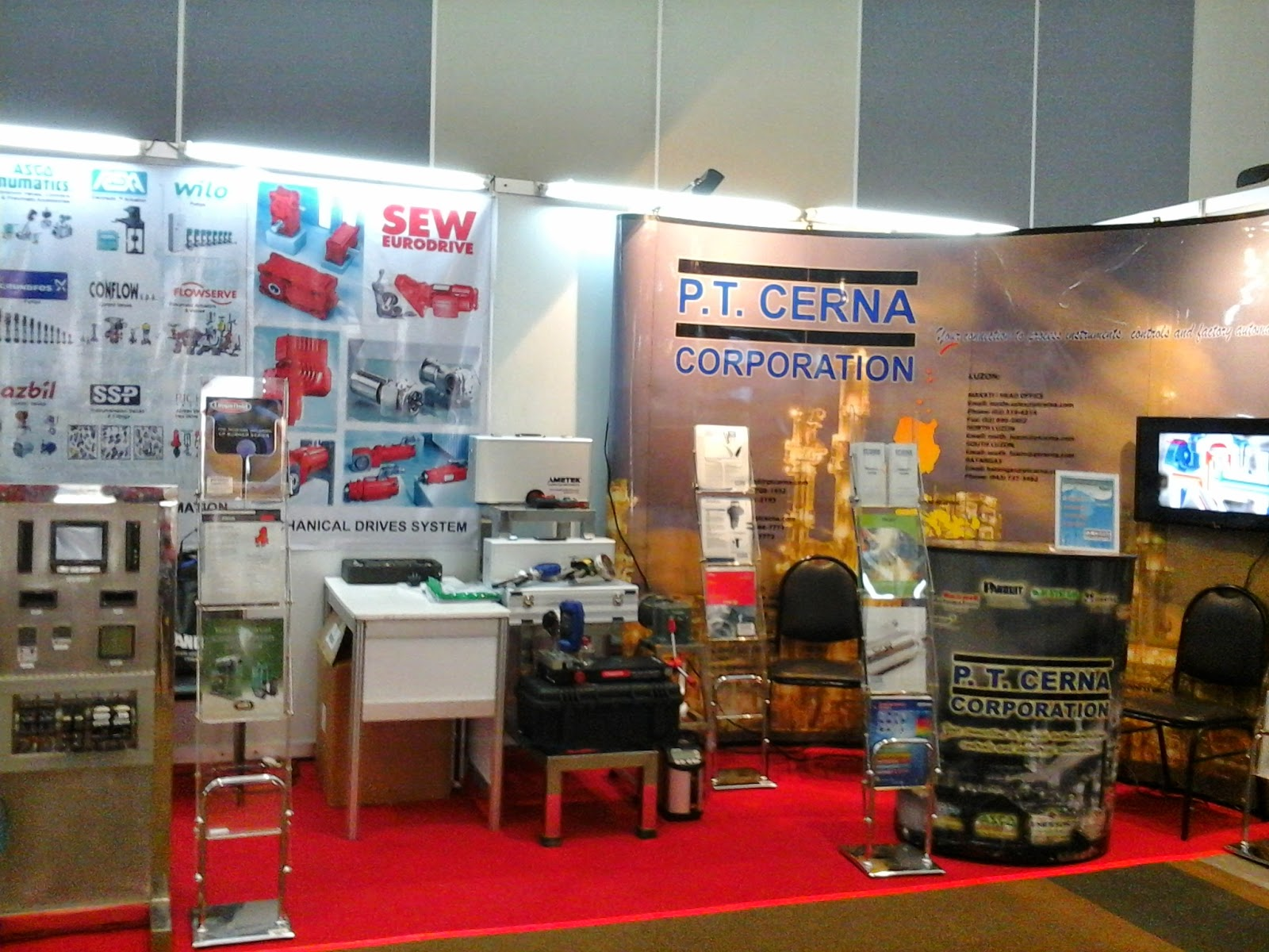 P.T. Cerna Corporation Exhibit Stand