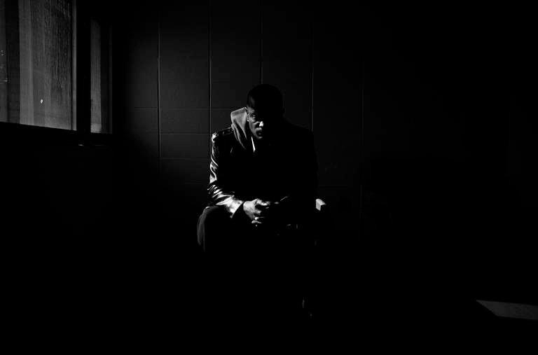 Η λύτρωσή σου βρίσκετε μέσα στο σκοτάδι!