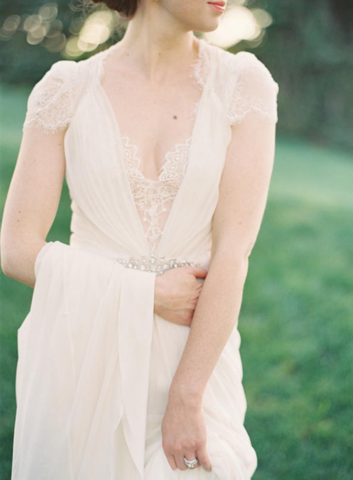 abito sposa poco seno