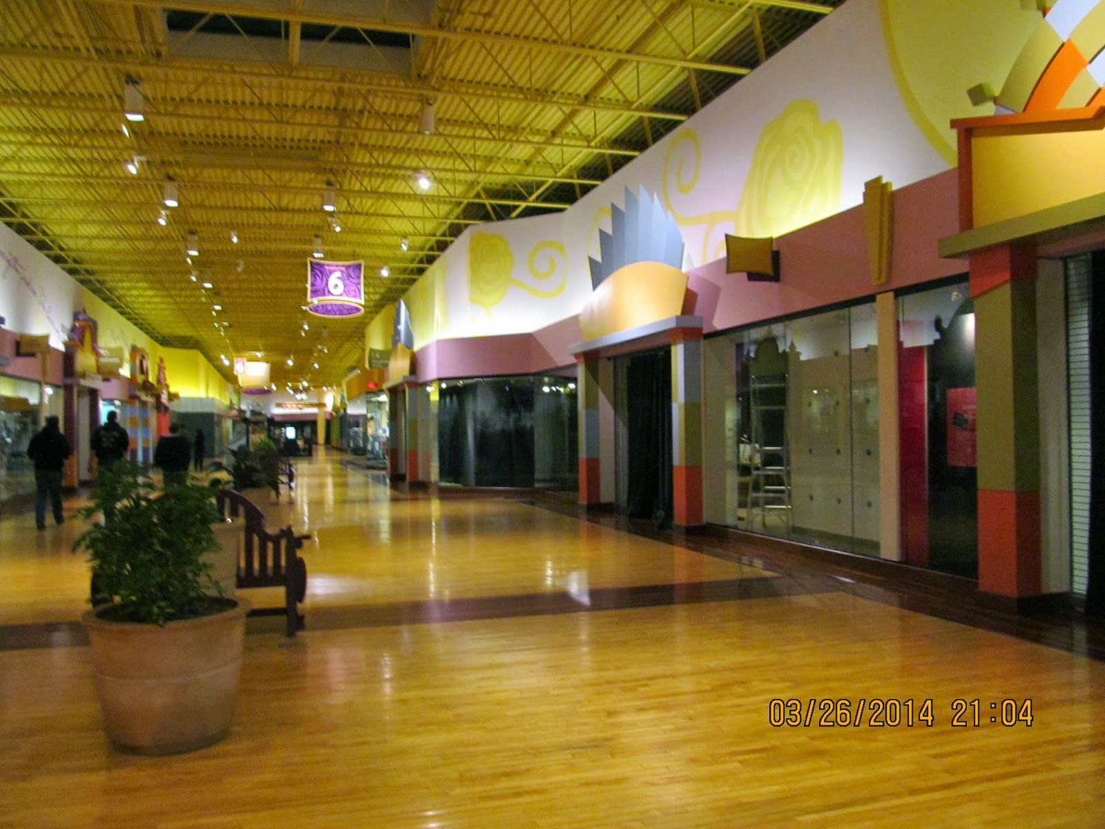 My reason for posting the article was to denote that it was one of the Mills Corporation's many properties. Name Change [ edit ] This mall is now called the St. Louis Outlet Mall as of fall
