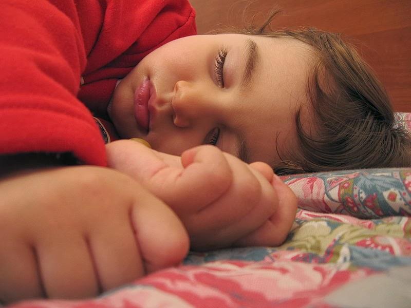 baby slaapt veel