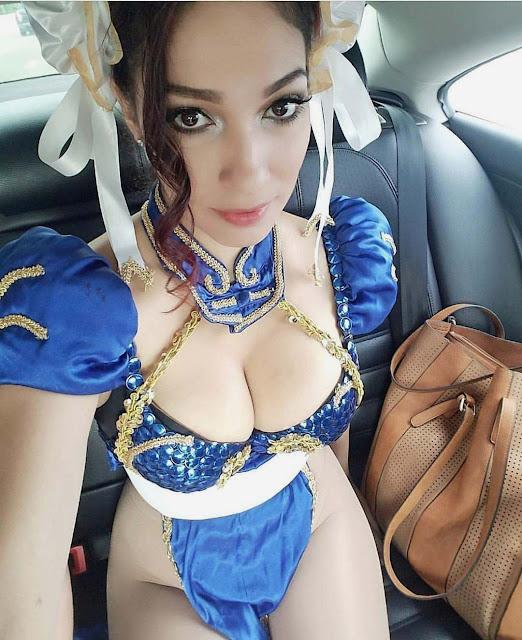 ragazza cosplay
