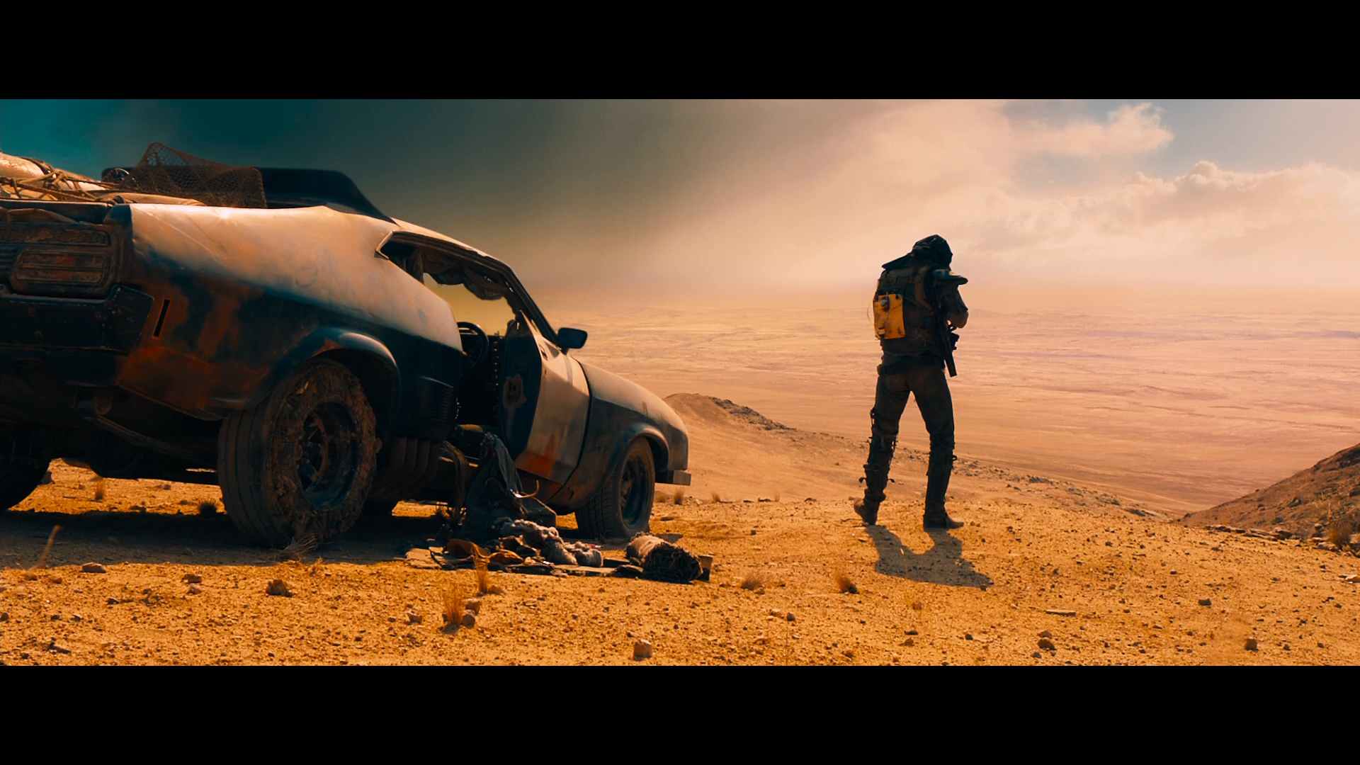 Captura de Mad Max: Furia en el Camino (2015) 1080p x265 HEVC Latino – Inglés