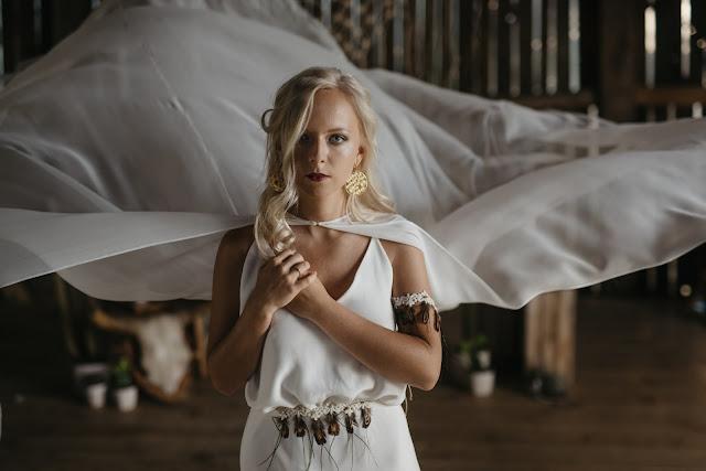 Ozdoby ślubne, bransoletka i pas na suknię