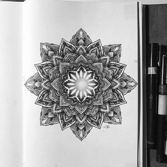 10-Petals-Mandala-Tyler-Hays-www-designstack-co