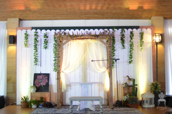 indoor ceremony backdrop, wedding ceremony backdrop, rustic backdrop