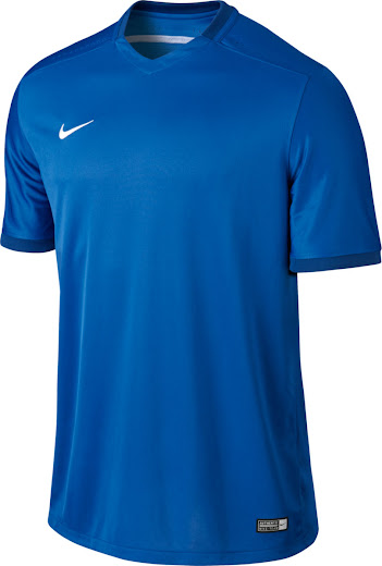 22f08596362 ... III Teamwear Kit introduces an understated and modern look