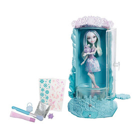 EAH Winter Sparklizer Playset Dolls