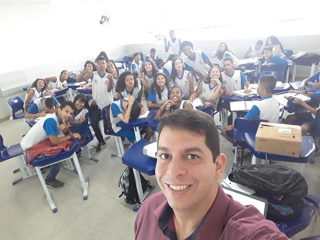 Corrida da Equação do 2º grau. Professores Rafael Costa e Leandro Nascimento