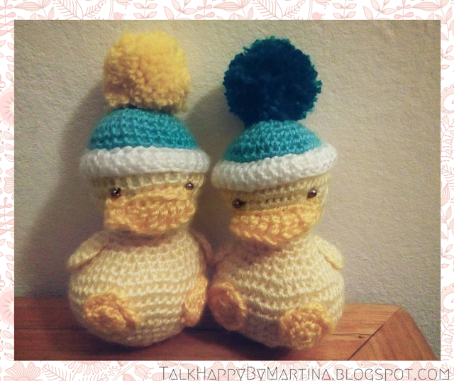 Cute lil' crochet chicks are the perfect Easter gift for kids. They are very simple to make using an amigurumi technique. Source: Martina at TalkHappyByMartina.blogspot.com