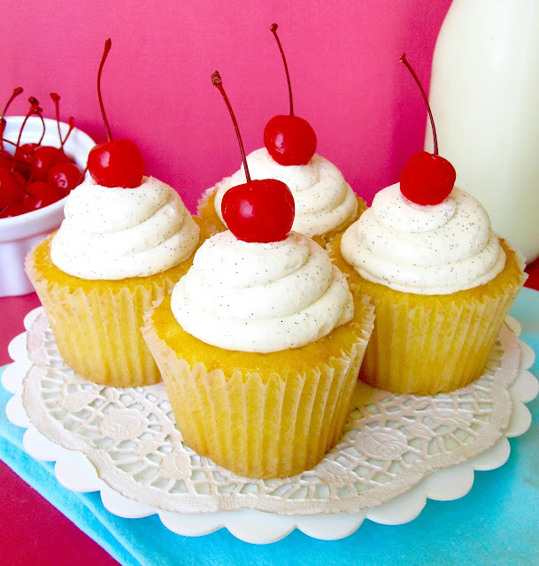Almond And Cherry Cake Pop
