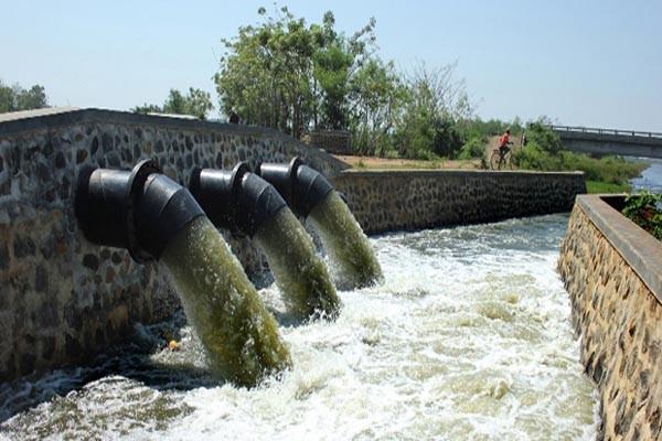 Bagaimana Limbah Industri Meracuni Air Sungai?
