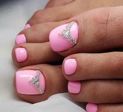 decoración de uñas rosado