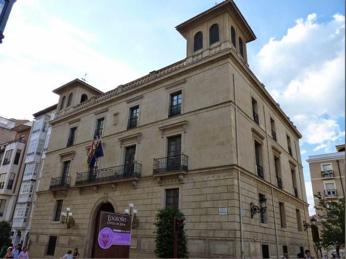 Antiguo Ayuntamiento de Logroño, el Palacete Los Chapiteles.