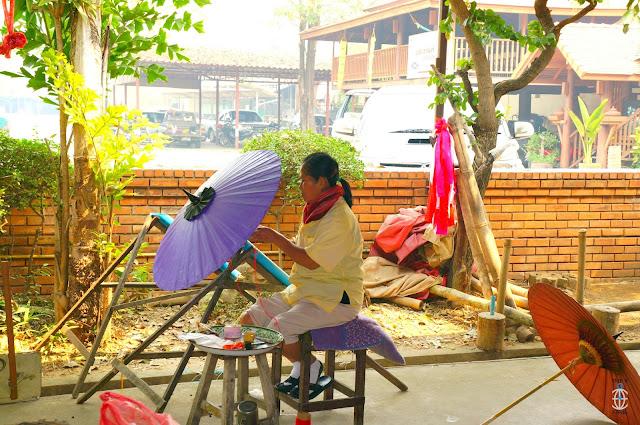 wykańczanie tajskiej parasolki