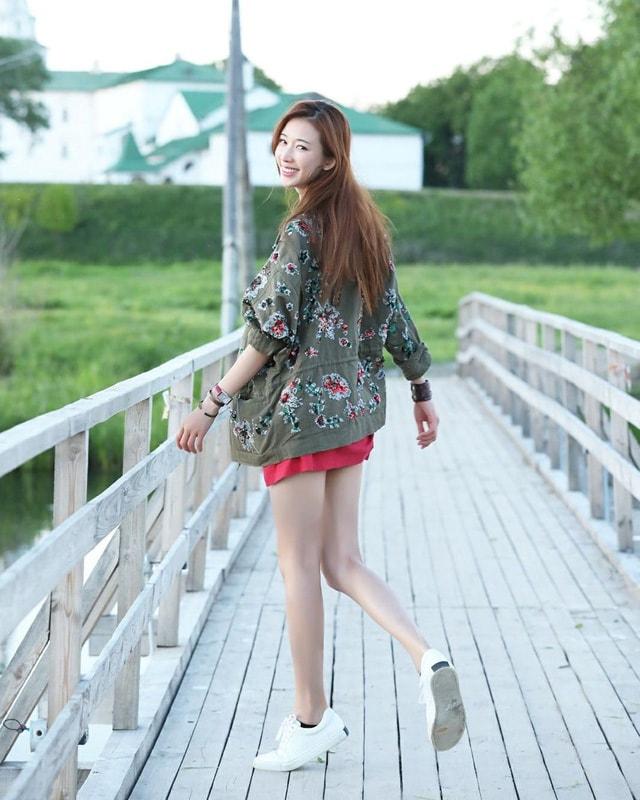 Lâm Chí Linh: Biểu tượng sắc đẹp của làng giải trí xứ Đài - Ảnh 4