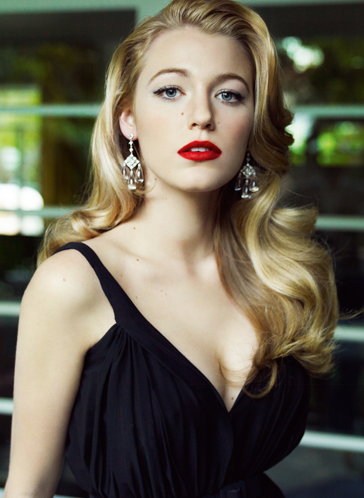Sexy american actress model hot blake lively