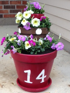Silhouette idea, curb appeal, home, flower pot