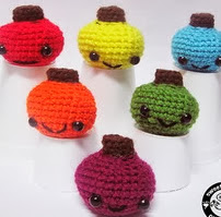 http://www.ravelry.com/patterns/library/kawaii-pumpkin-pattern