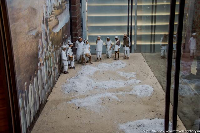 dandi march miniature art
