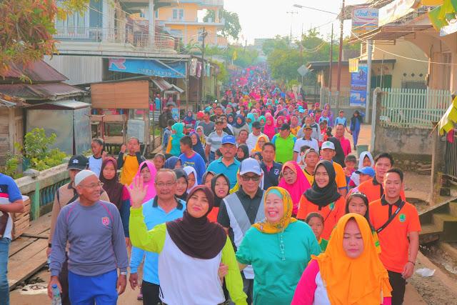 Heri Amalindo Ikut Jalan Sehat Sambut Hut PALI