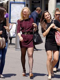 chicas-sexis-vestidos-ajustados