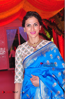Actress Model Shilpa Reddy Exclusive Stills in Blue Saree at Vijay Karan Aashna Wedding  0014.JPG
