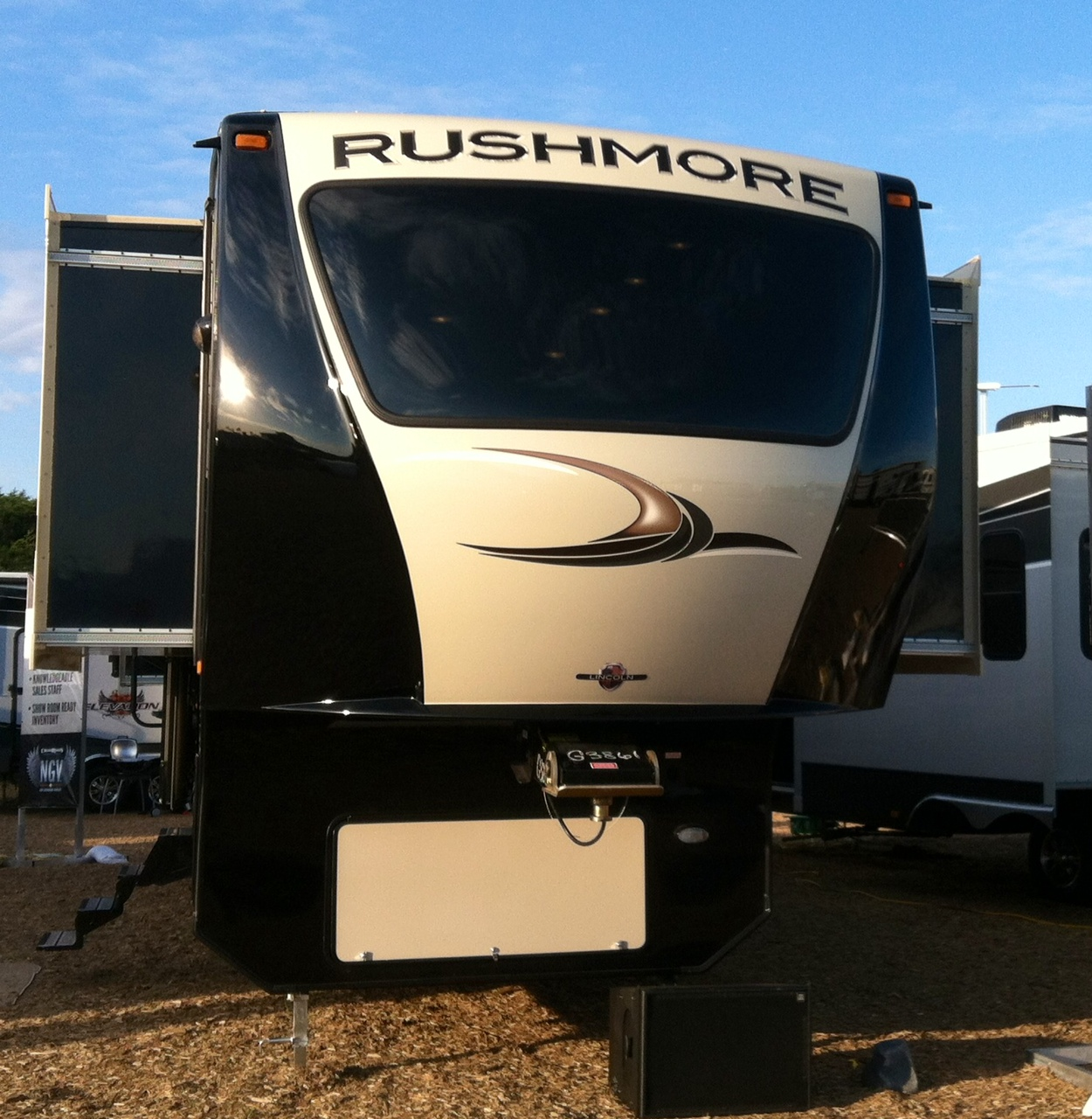 2 Bedroom Fifth Wheel Trailers Bedroom Furniture High