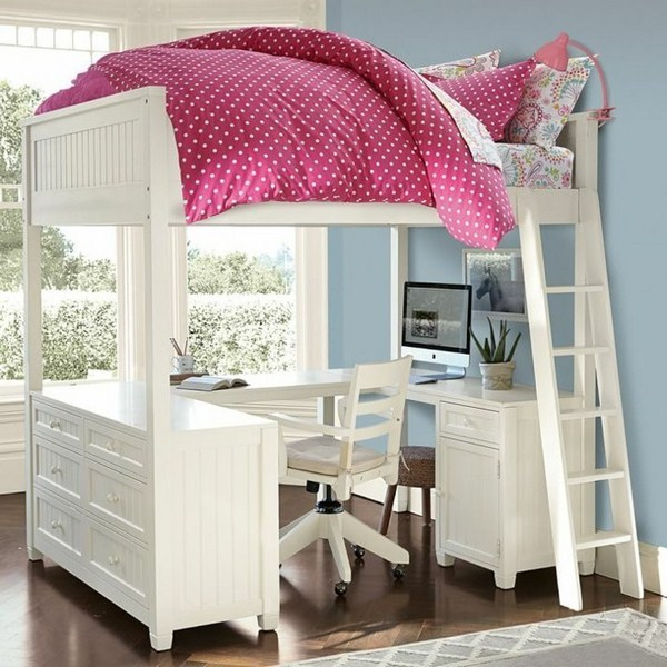 Loft Bed Boy With Compact Conductor